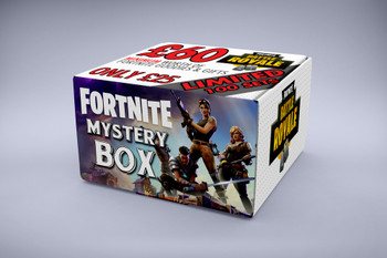 £60 FORTNITE MYSTERY BOX - PERSONALISED Gamer gifts inside FOR Christmas