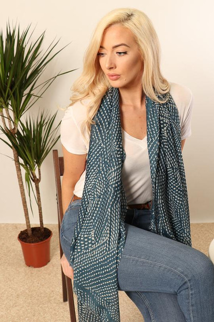 Blue and white dot pattern scarf