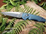 Anodized machined aluminum handles and the patented AXIS® assist mechanism make this Warren Osborne knife a fantastic choice of every day carry or as a trail companion. Made in USA.