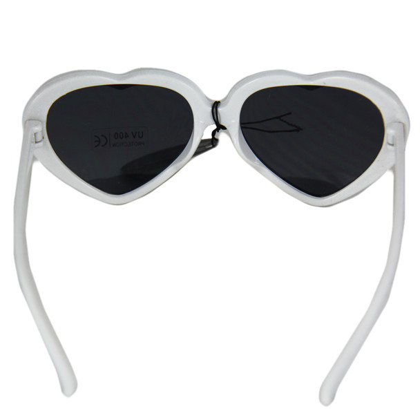 White Child Lolita Heart Shape Sunglasses 100% UV Superior Quality  WS1026