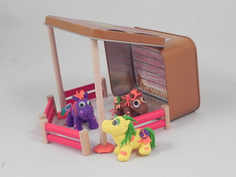''Gift in a Tin'' Pony Modelling Kit (101271)
