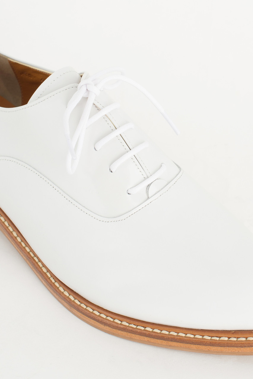 Pointed Oxford Shoes, White