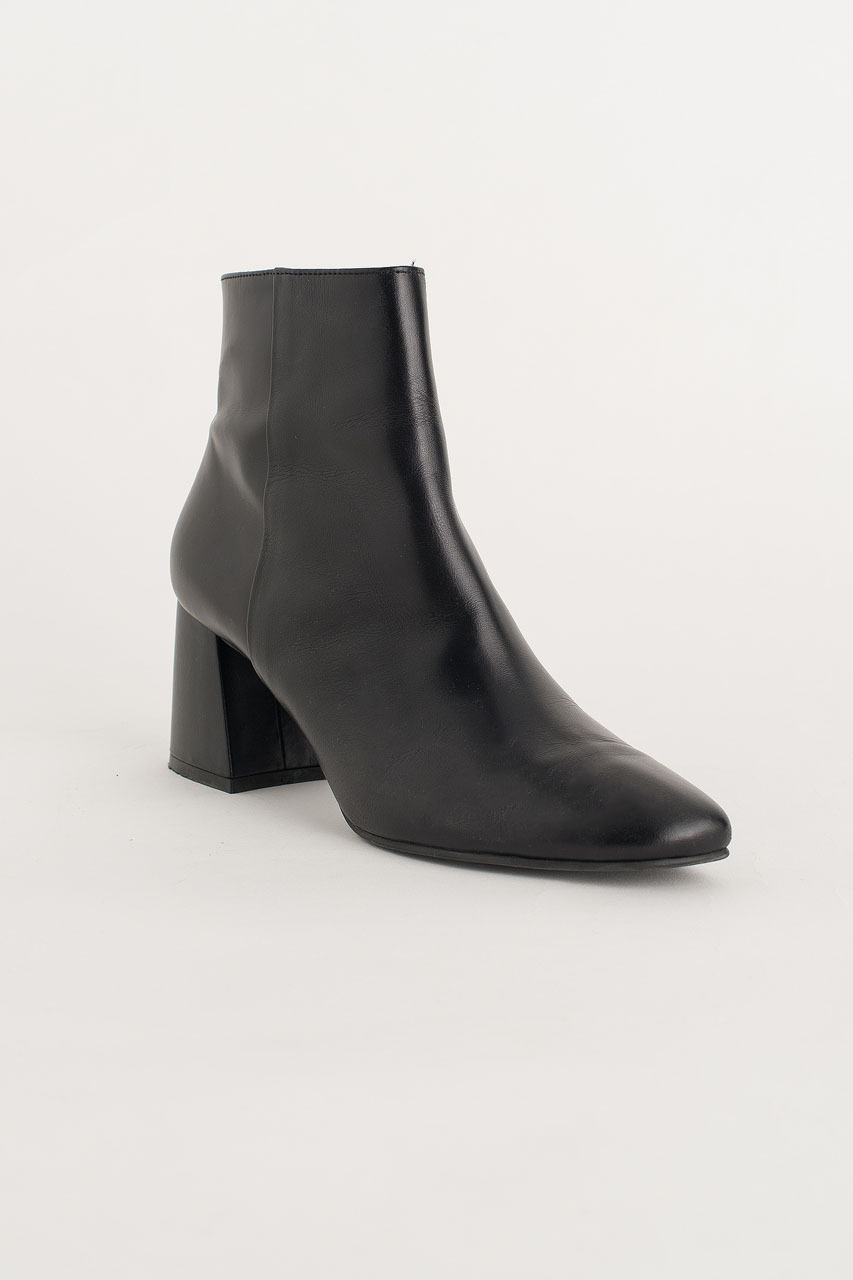 Chisel Toe Ankle Boots, Black