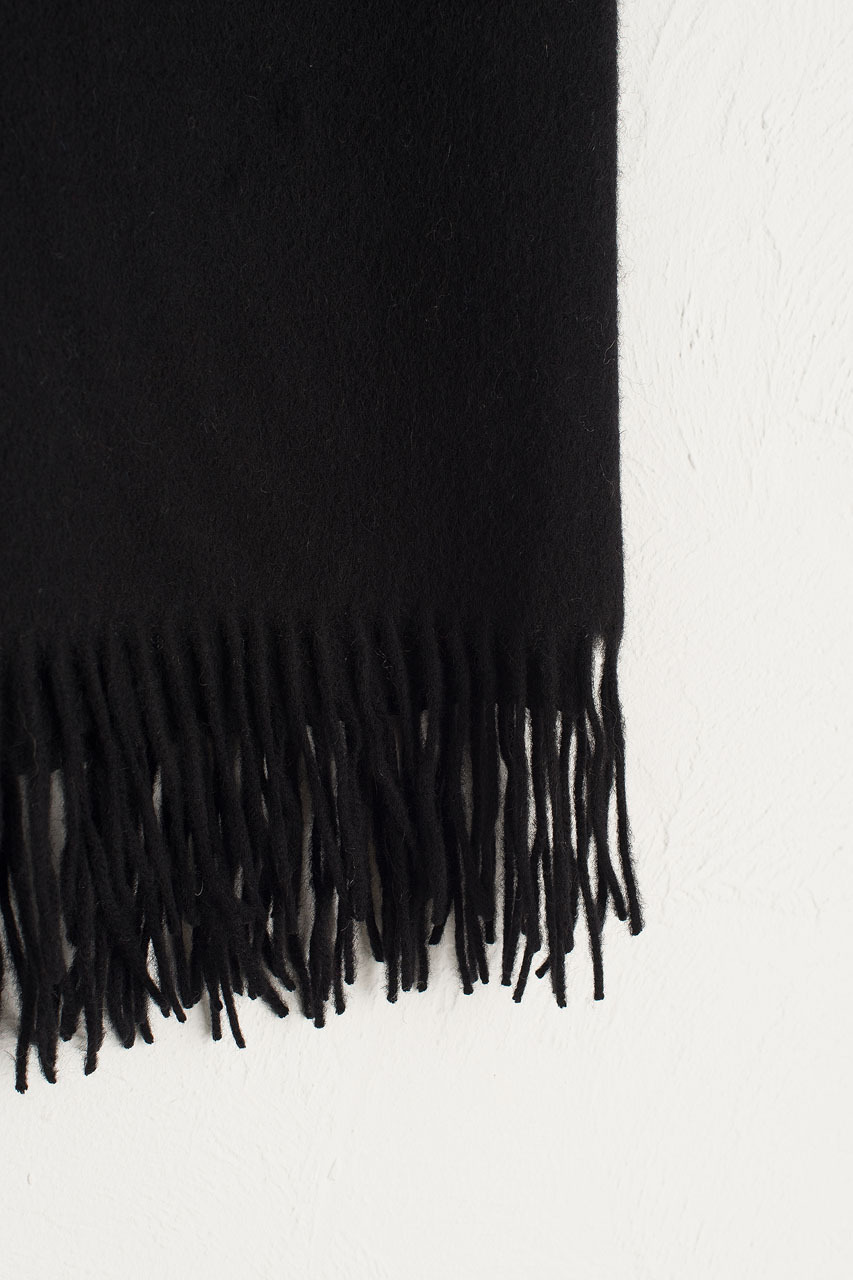A/W 19 Large Wool Scarf, Black