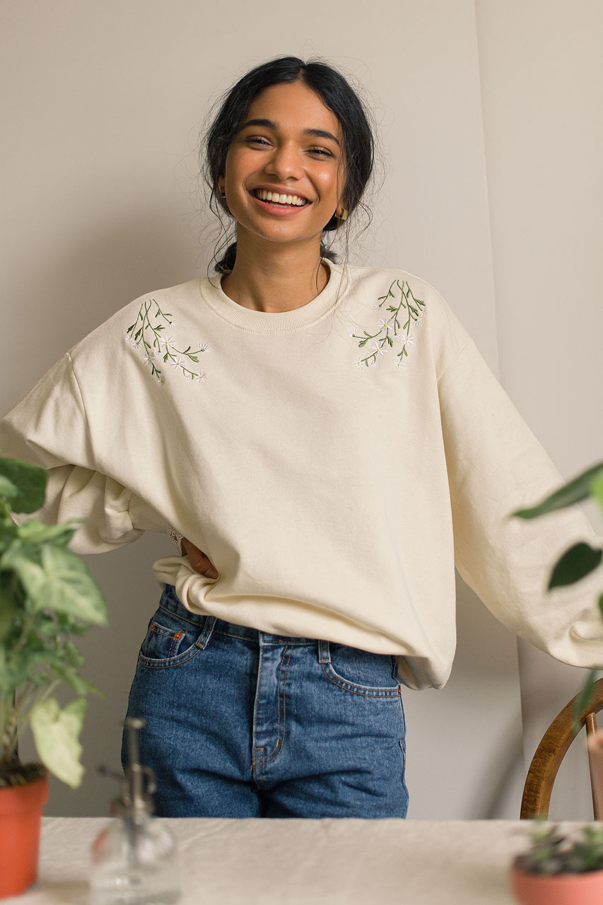 Daisy Embroidered Lace Sleeve Sweatshirt, Ivory