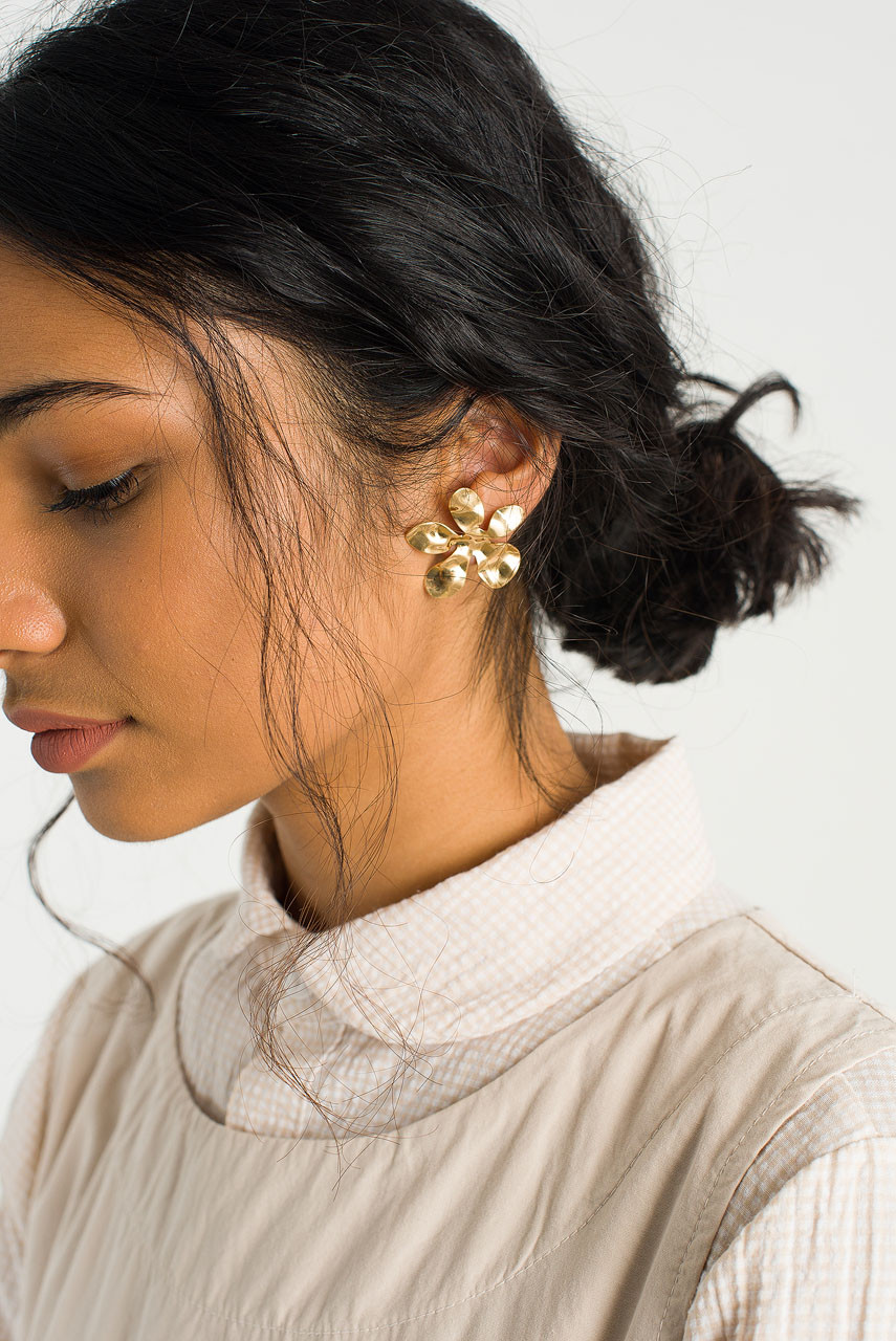 Crushed Flower Stud, Gold Plated