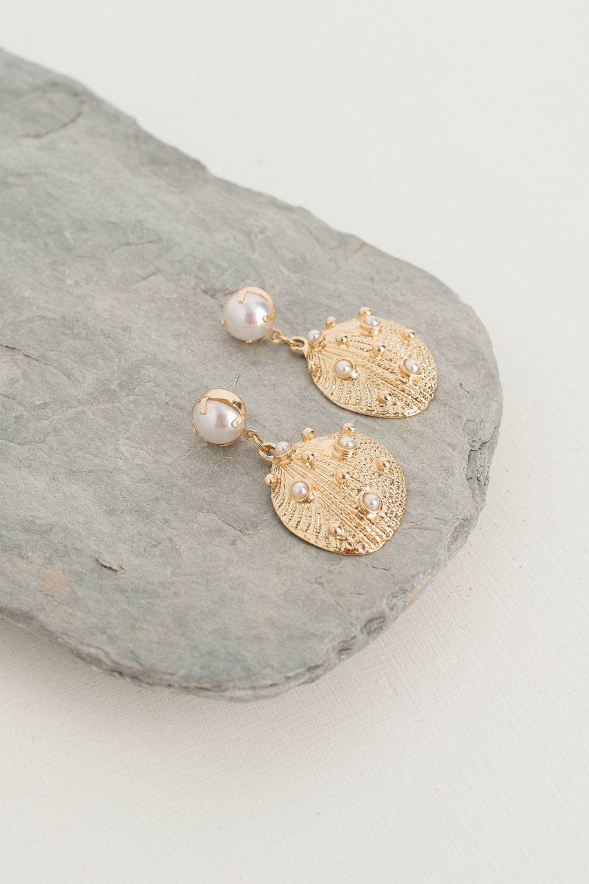 Flounder Pearl Earrings, Gold Plated