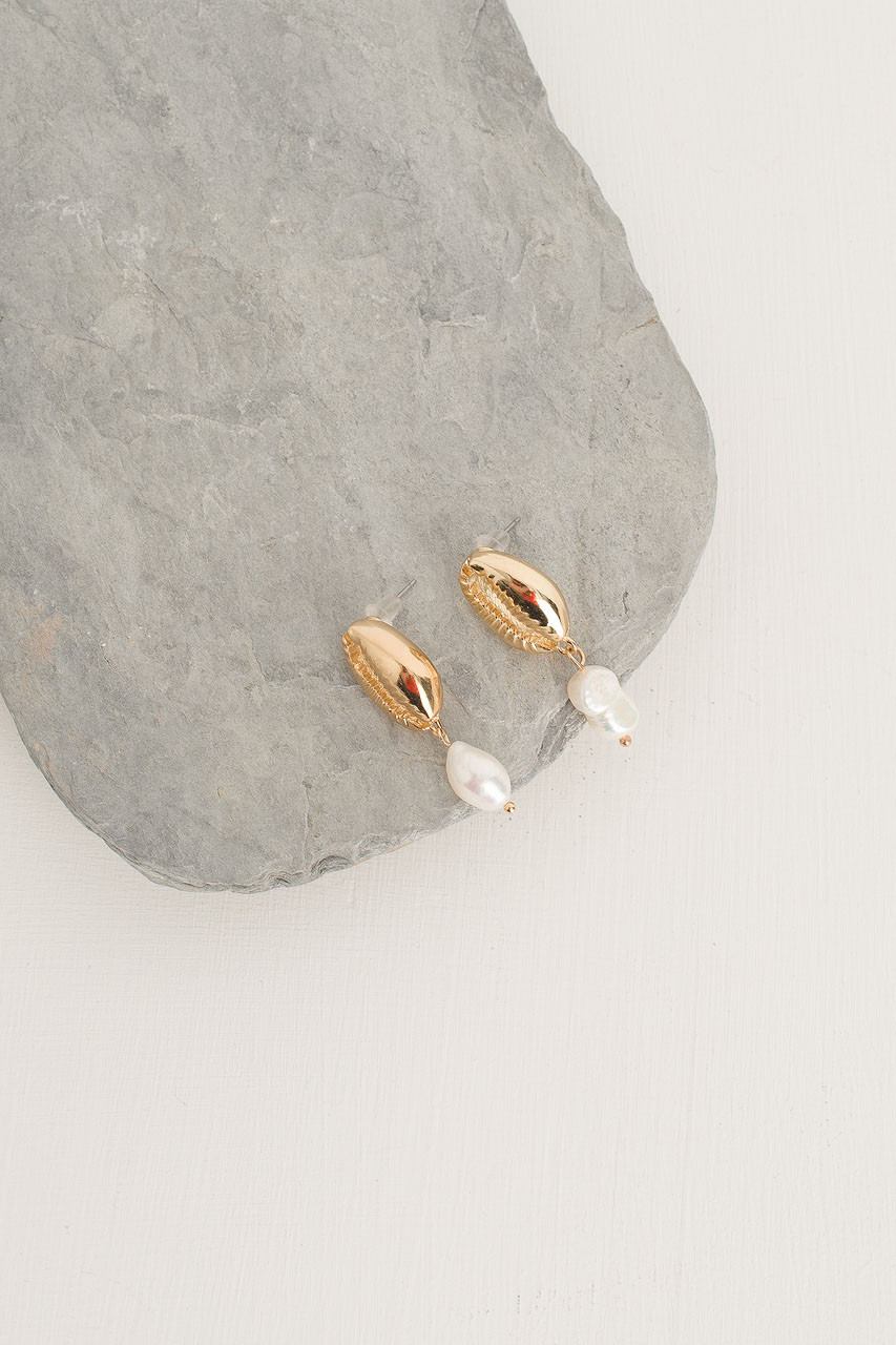 Jenna Pearl Earring, Gold Plated