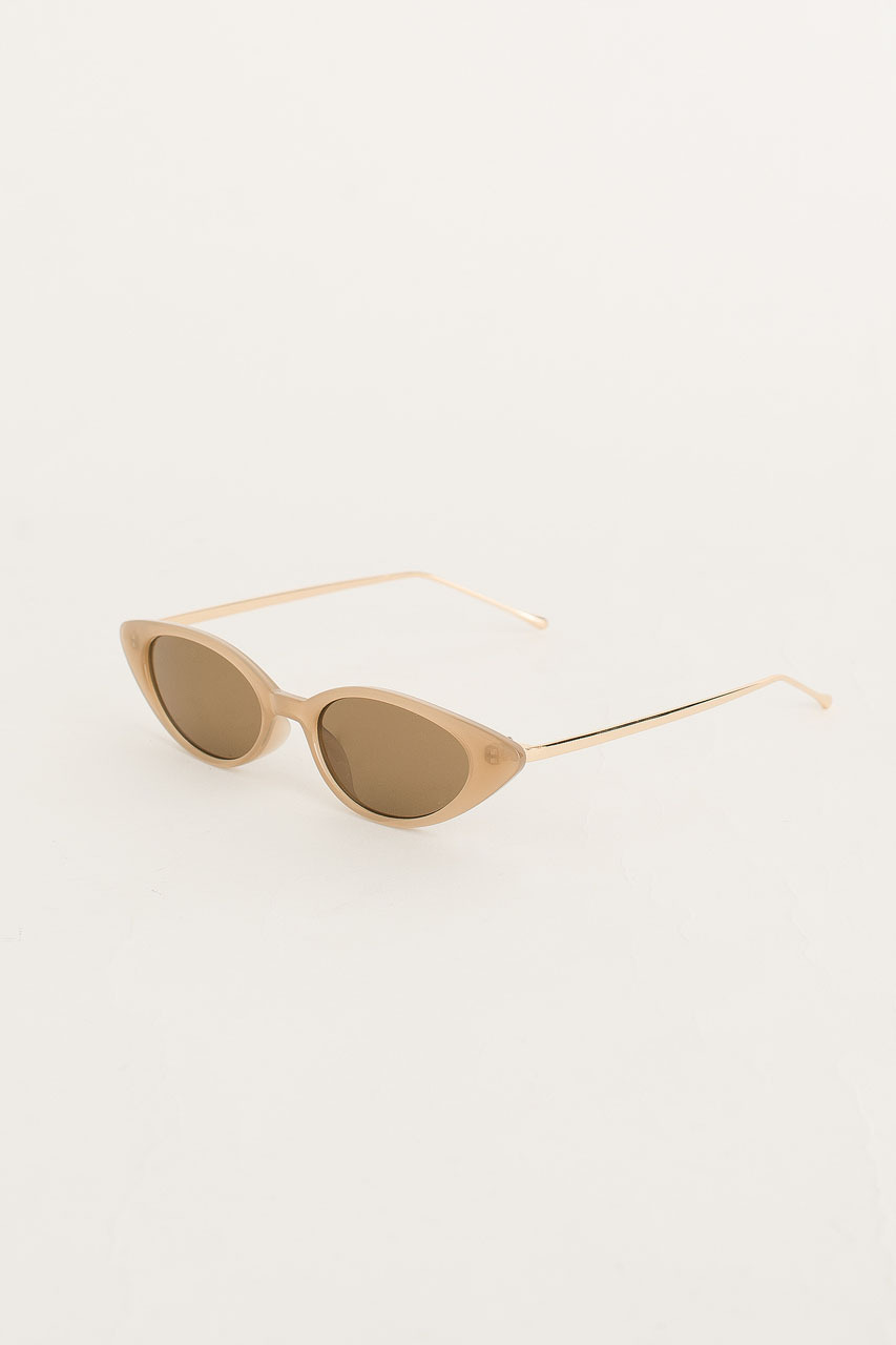 Gold Arm Cat Eye Sunglasses, Beige