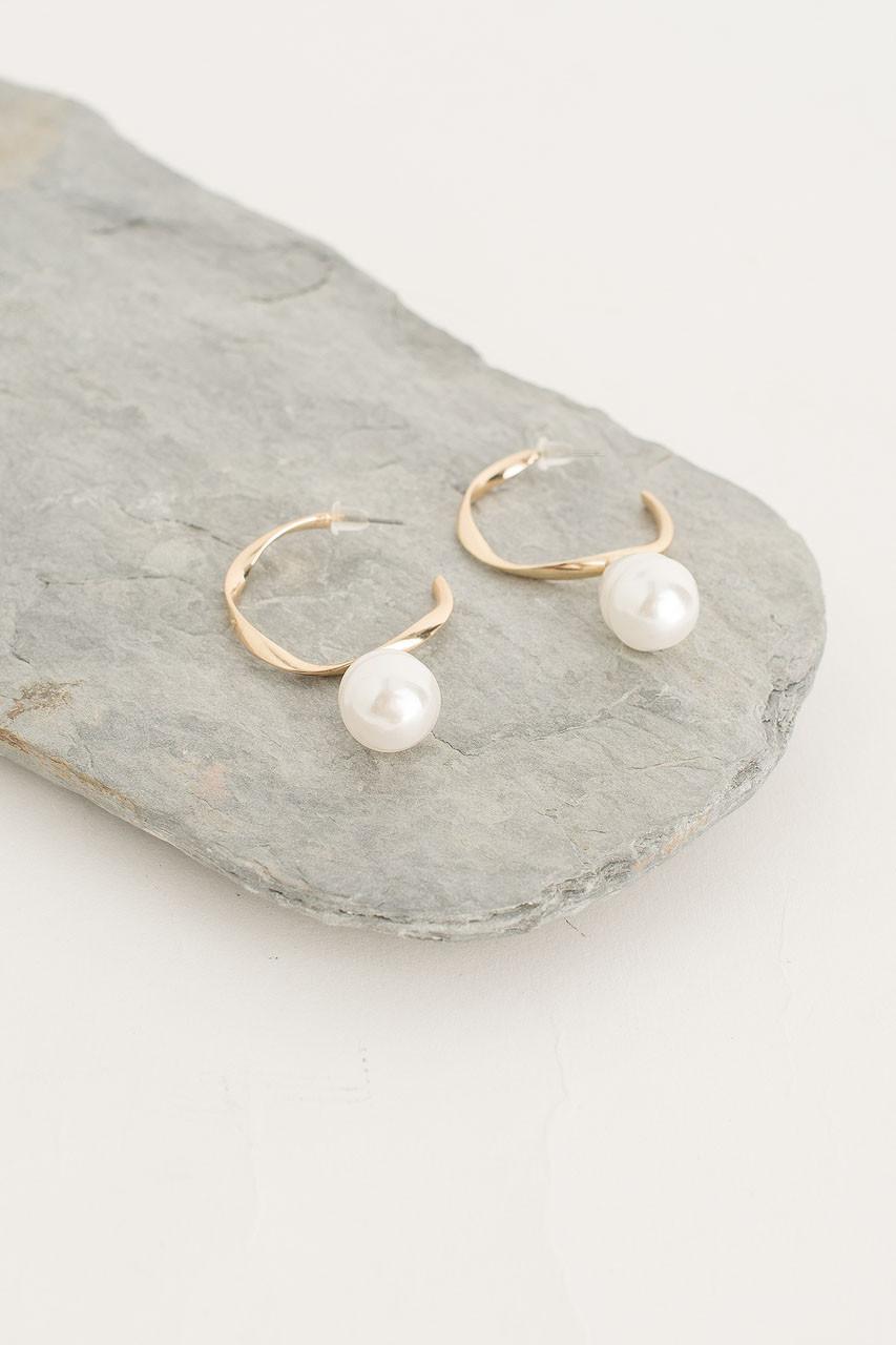 Honey Pearl Hoop Earring, Gold Plated