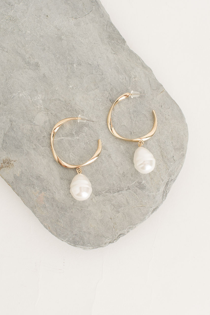 Honey Pearl Hoop Earring, Gold Plated