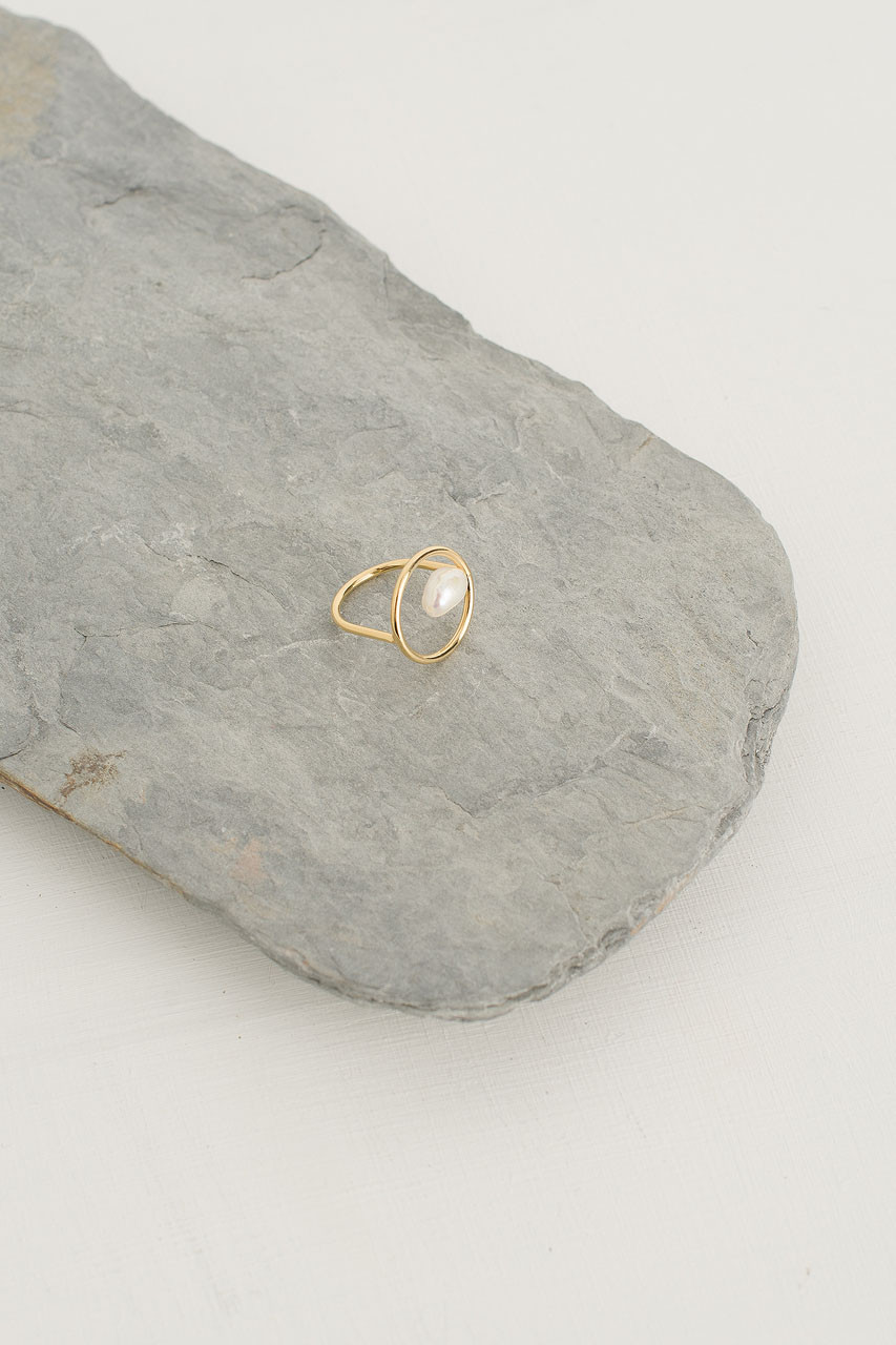 Single Pearl Circle Point Ring, Gold Plated