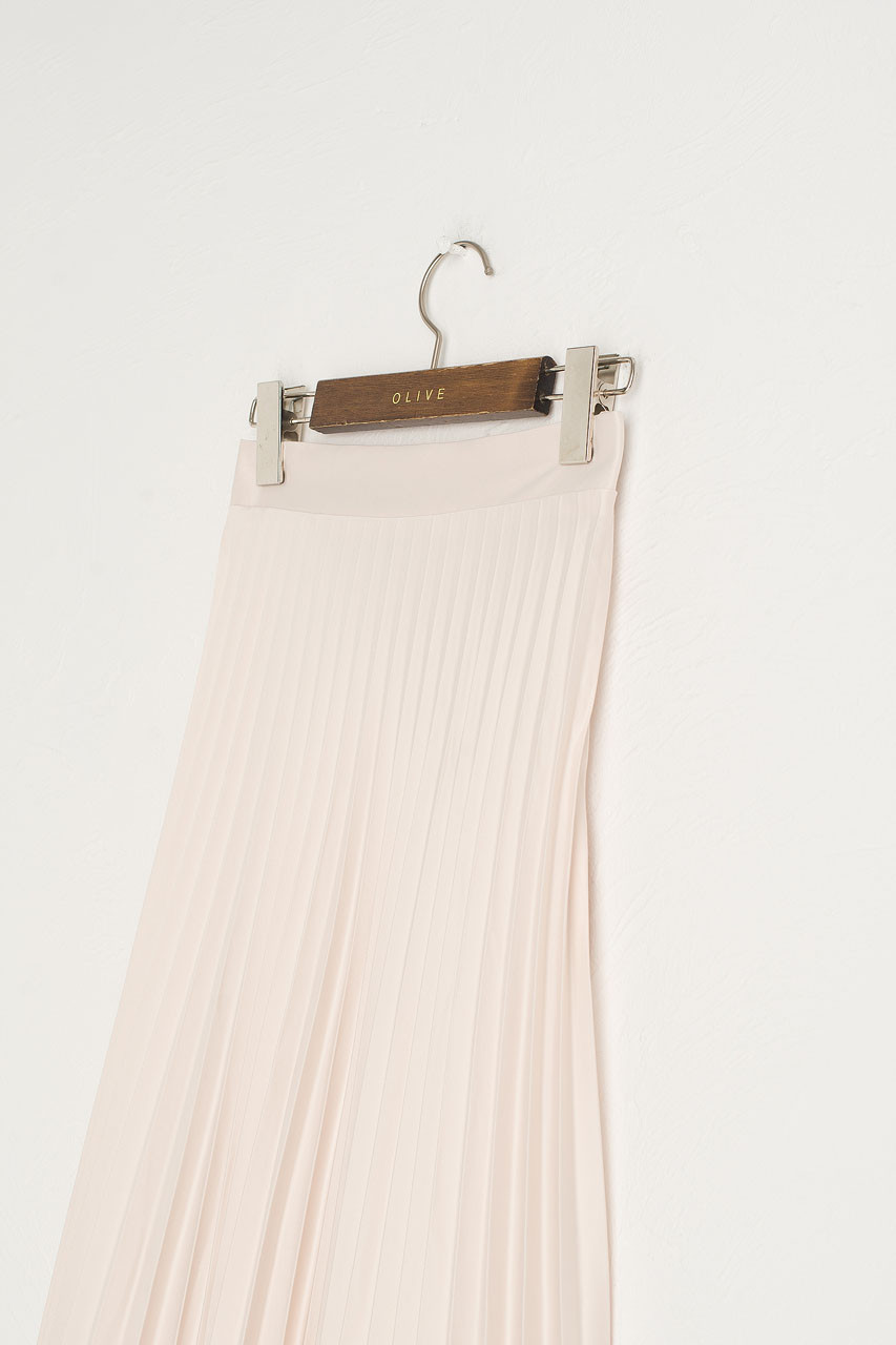 Satin Pleated Long Skirt, Cream