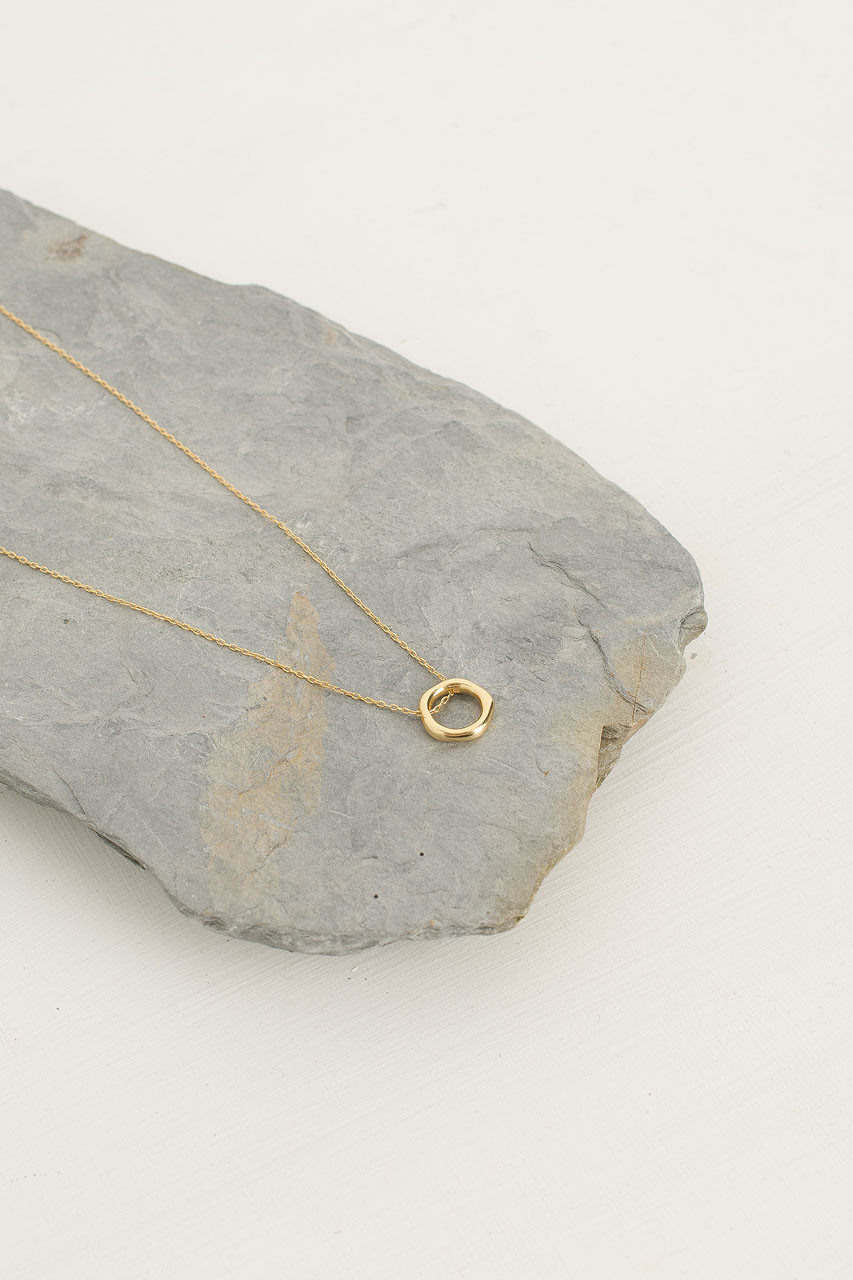 Mini Circle Point Necklace, 18K Gold Plated