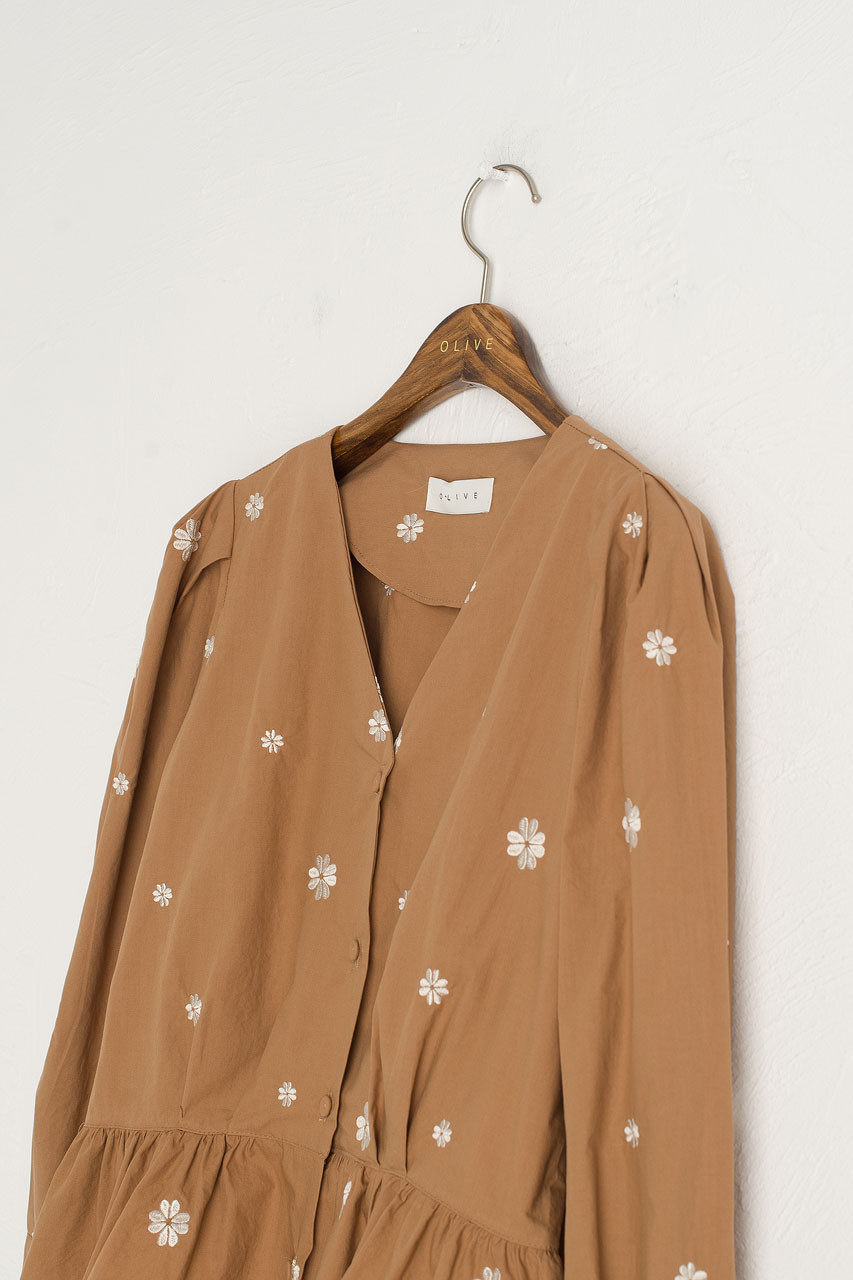 Eun Daisy Embroidery Blouse, Brown