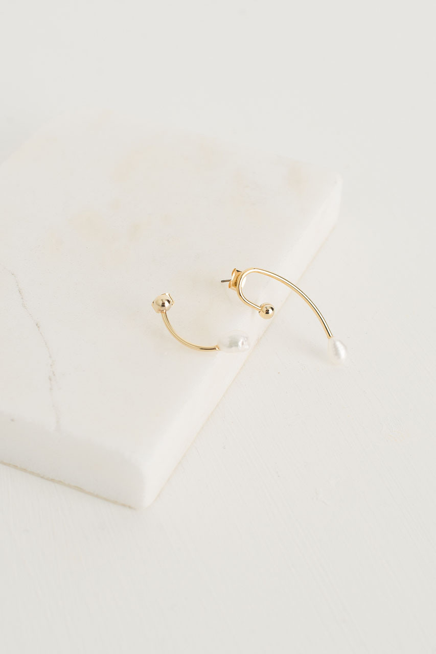 Quarter Note Pearl Earrings, Gold