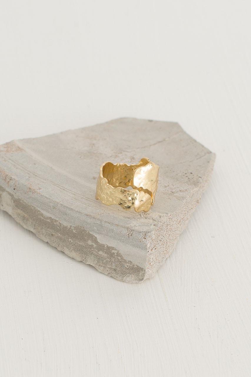 Tabanas Ring, Gold