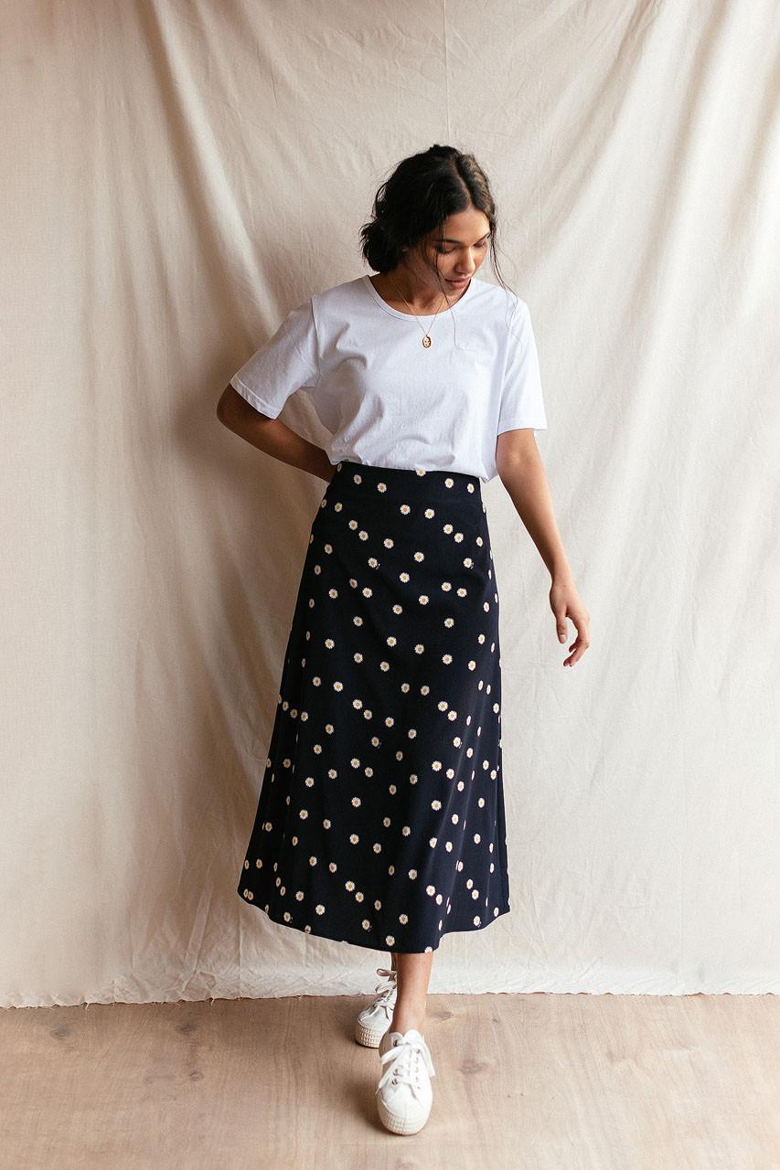 Daisy Flair Skirt, Navy