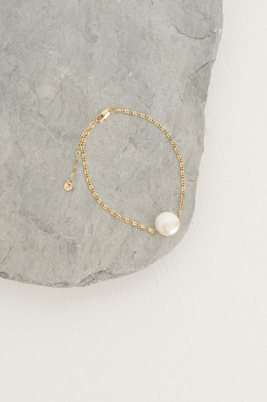 Circle Pearl Bracelet, Gold Plated