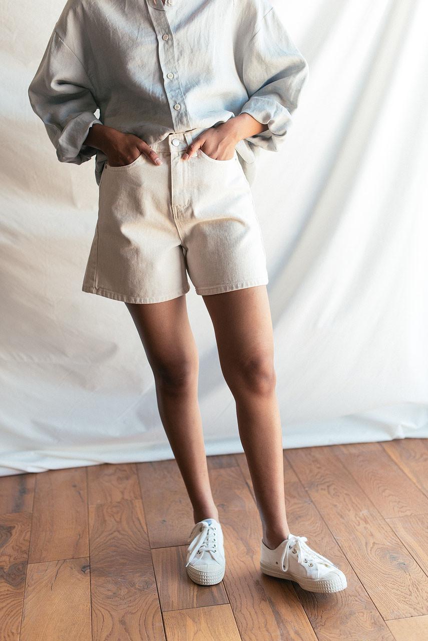 Hoya Denim Short, Cream