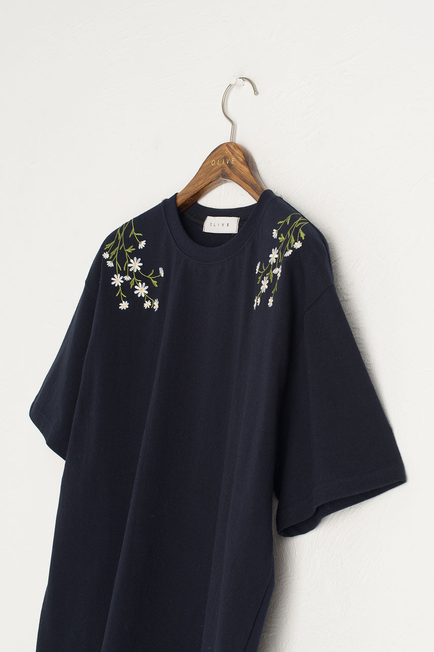 Daisy Embroidered Tee, Navy