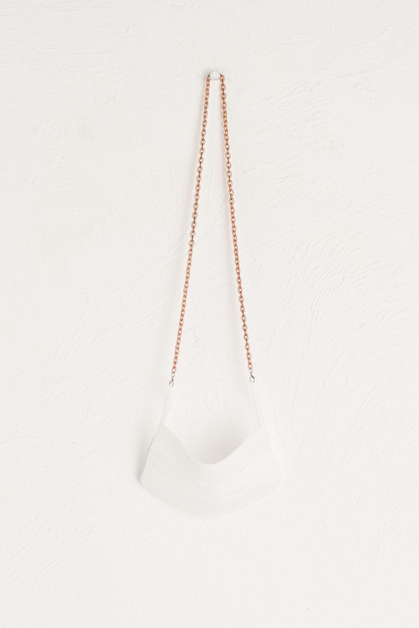 Iris Chain Mask Holder, Transparent Brown