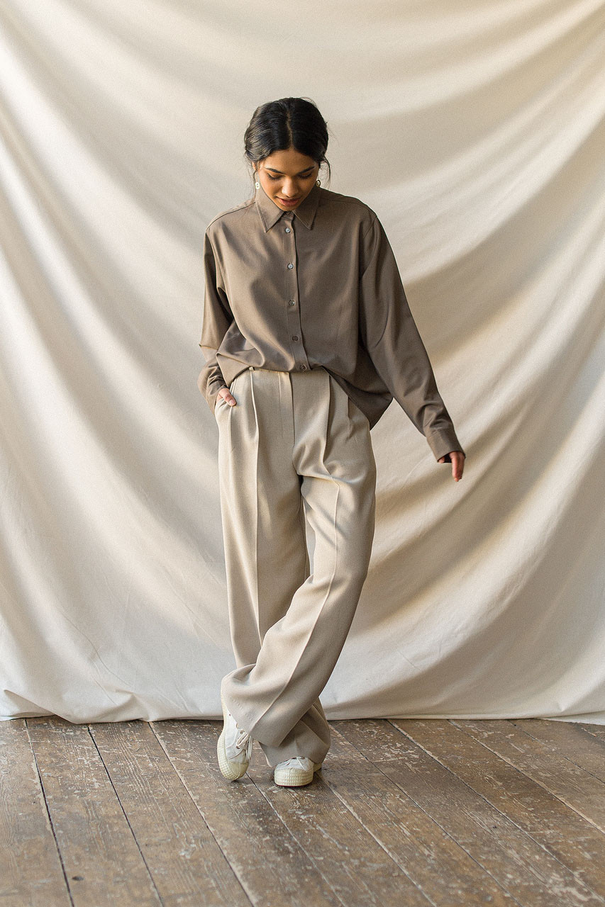 Ray Pin Tuck Trousers, Beige