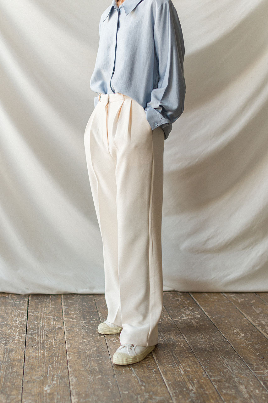 Ray Pin Tuck Trousers, Ivory