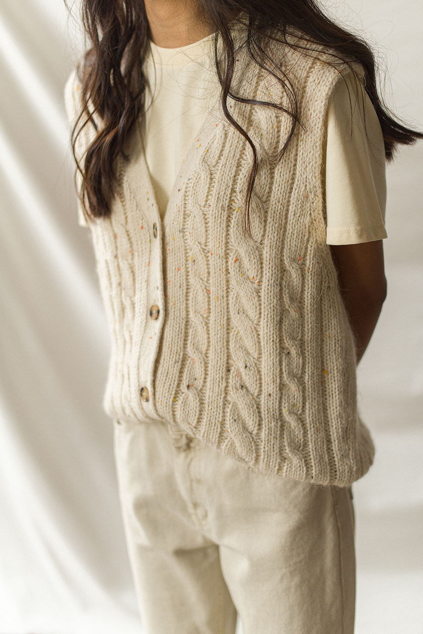 Flecked Cable Vest, Oatmeal