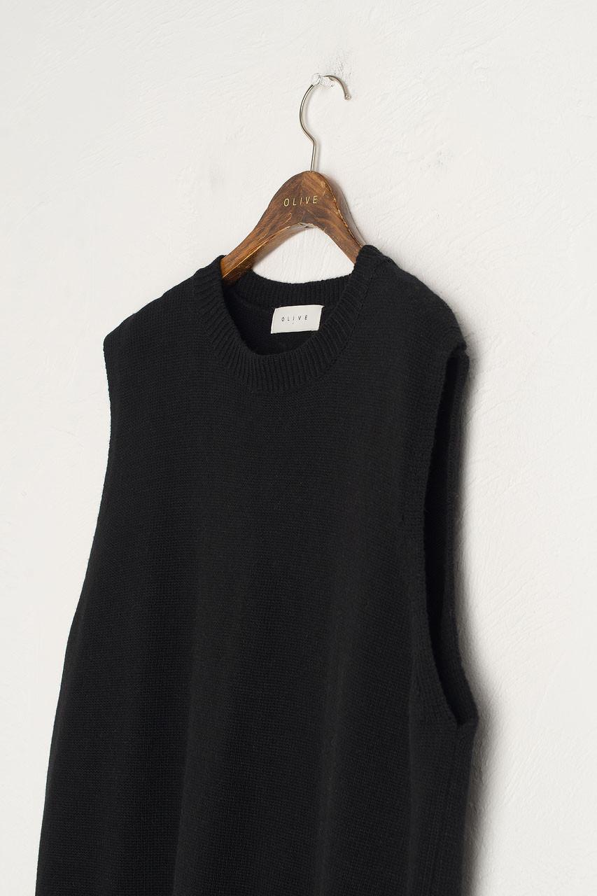 Leah Open Back Knit Vest, Black