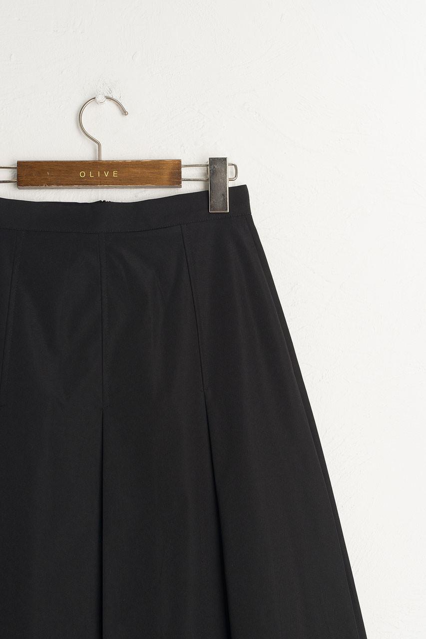 Minami Pleated Skirt, Black