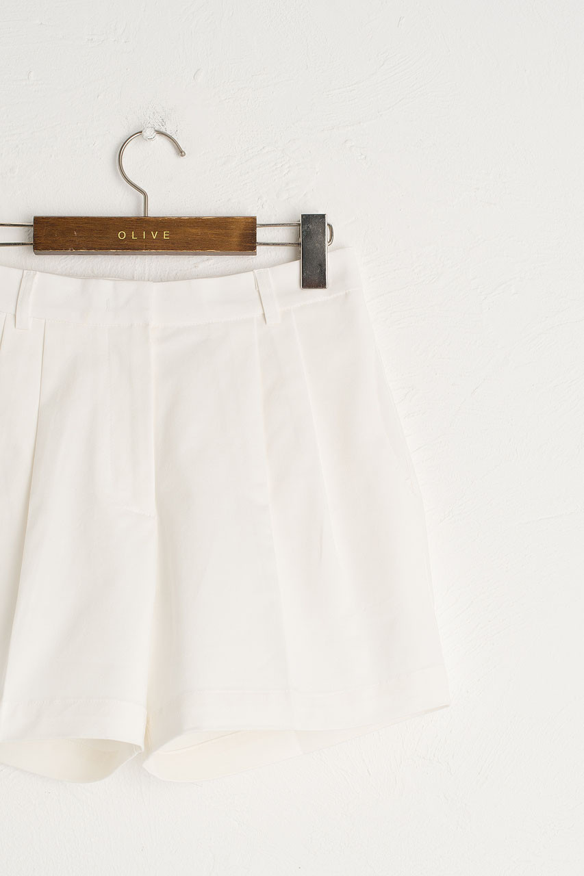 Pintuck Cotton Short, Ivory