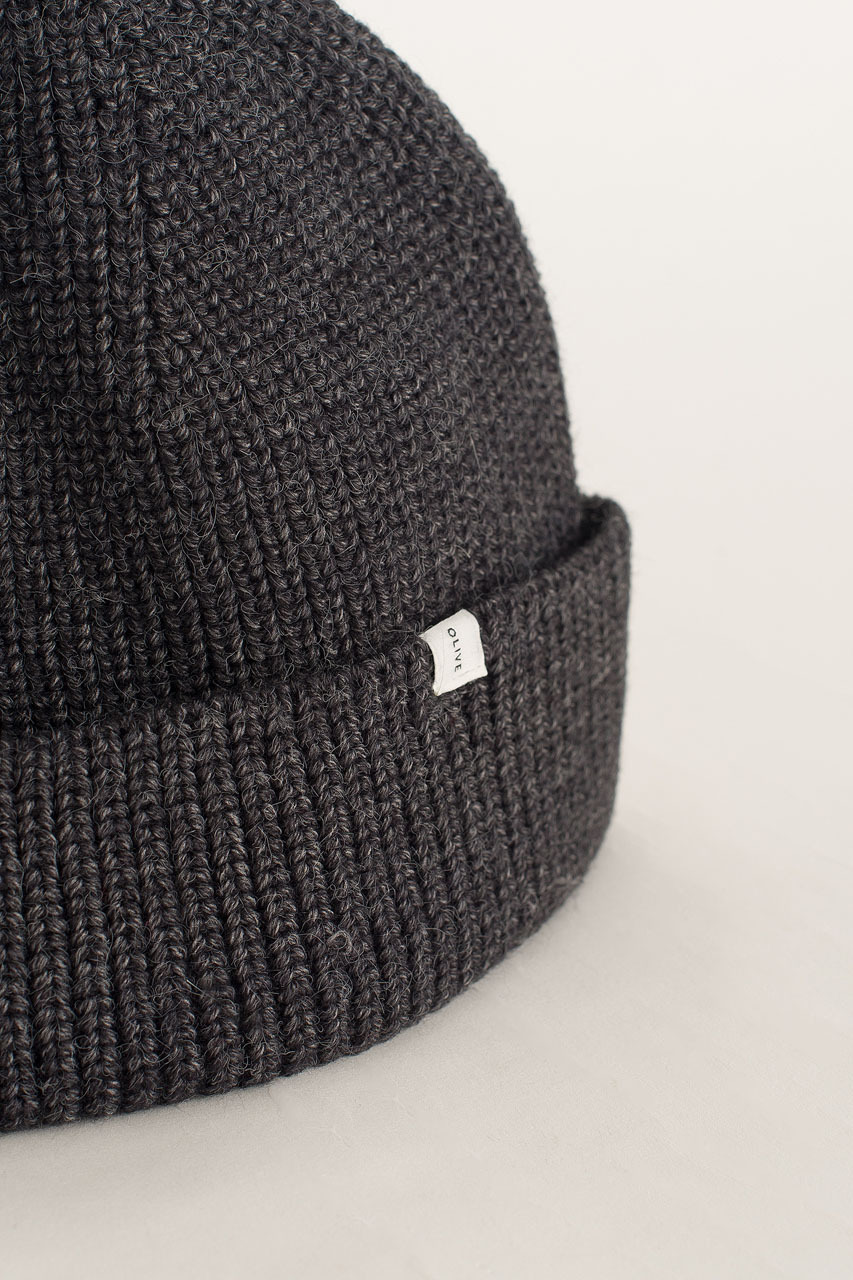 Knitted Beanie, Charcoal