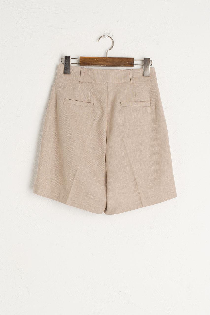 Rina Pintuck Linen Short, Beige