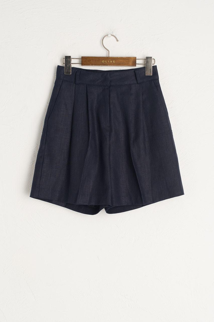 Rina Pintuck Linen Short, Navy