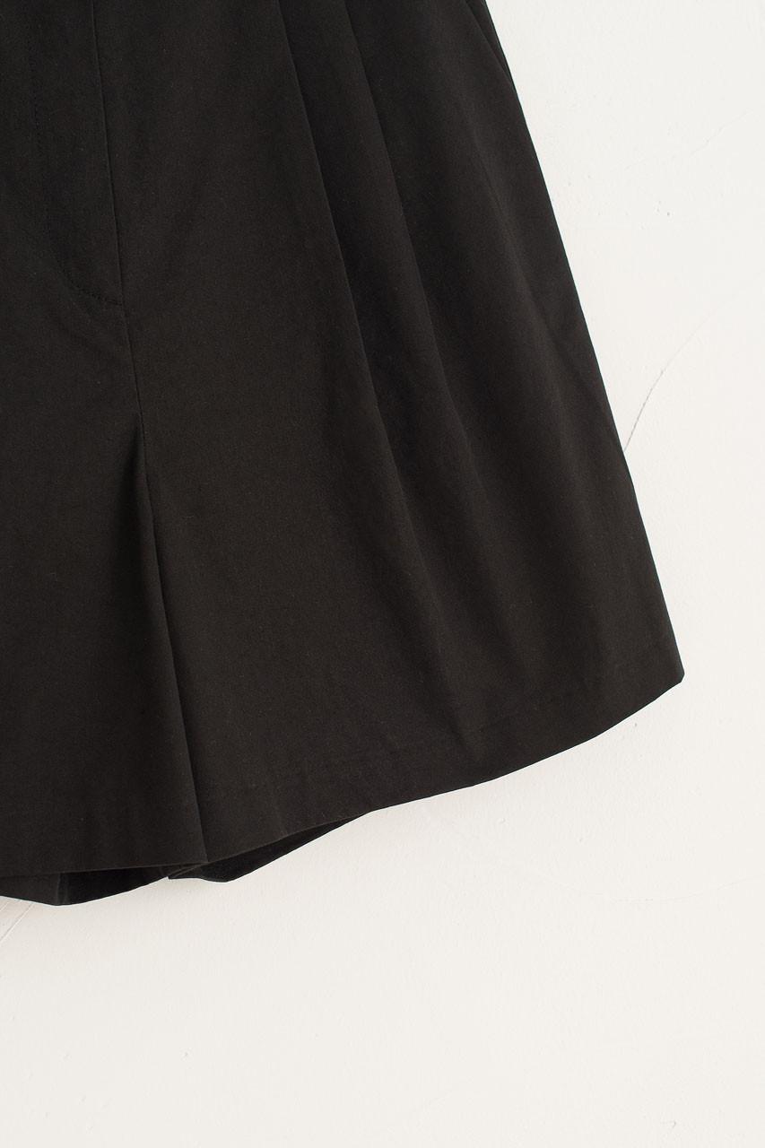 Roa Pintuck Cotton Shorts, Black