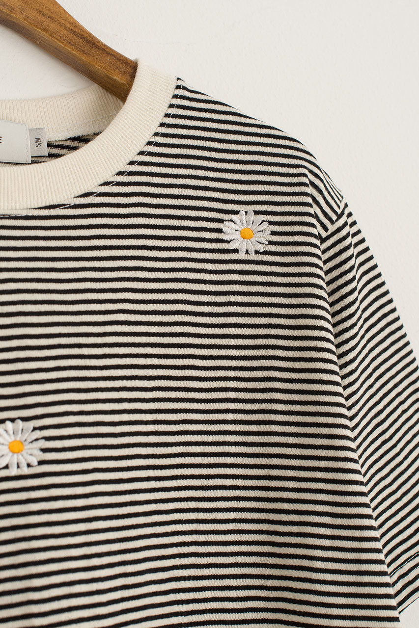 Daisy Embroidered Stripe Tee, Ivory