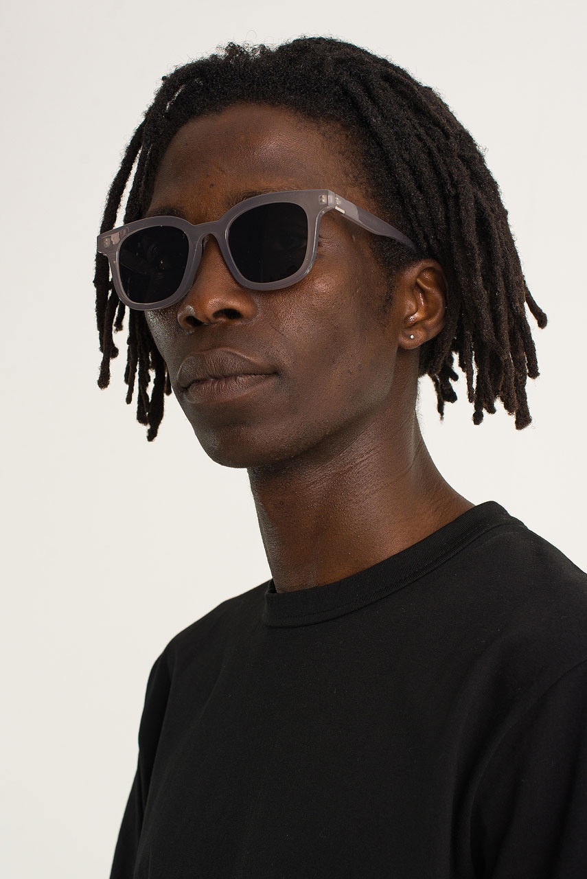 Menswear | Rounded Sunglasses, Transparent Grey