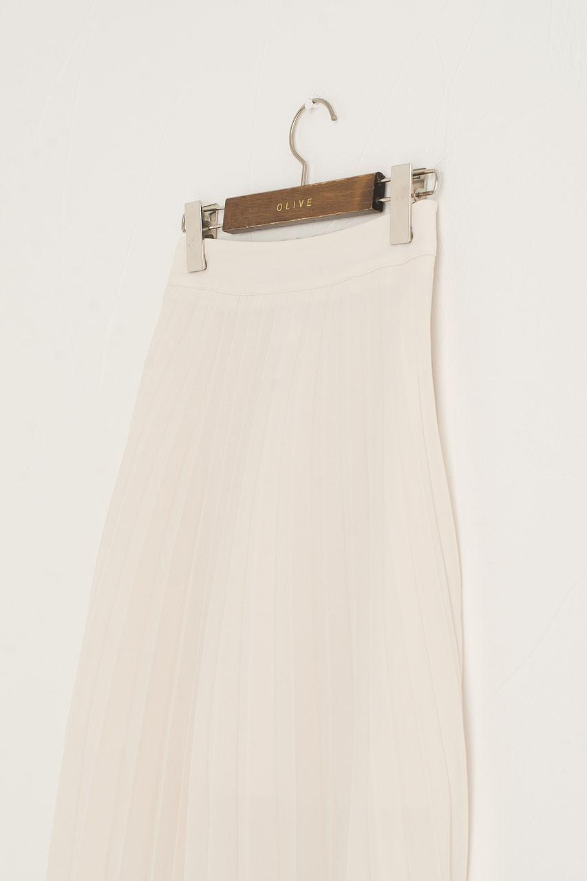 Unbalanced Mid Length Pleated Skirt, Cream