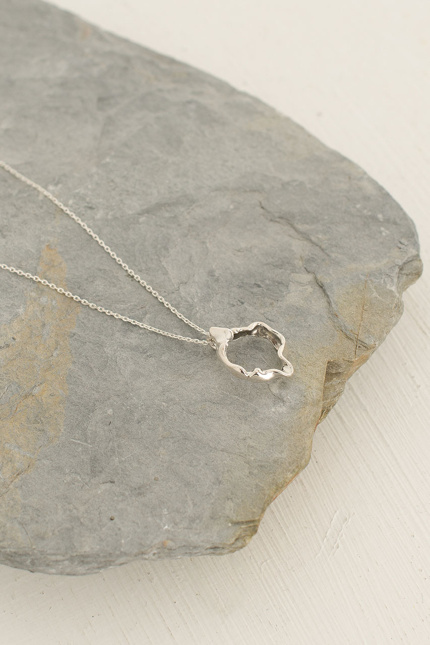 Wave Circle Necklace, 92.5% Silver