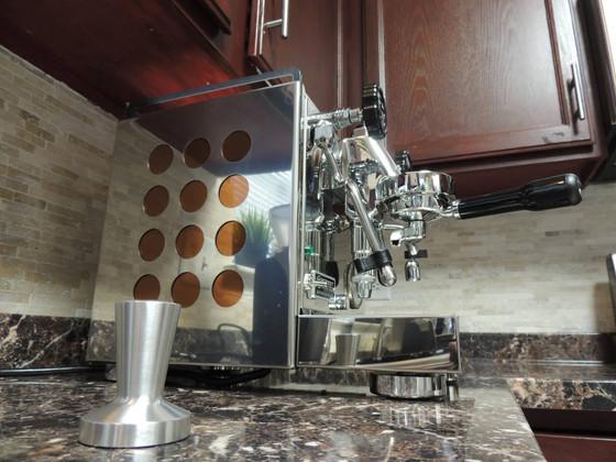 Video: How Often Should Rocket Espresso Machines be Descaled?