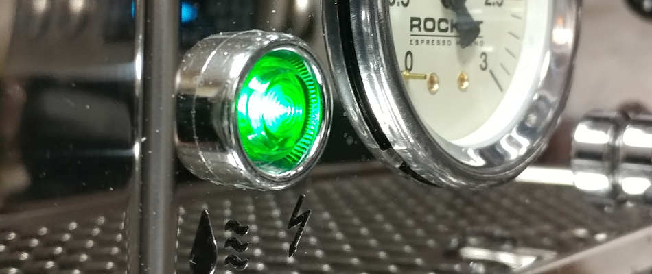 20171012-082054-950w-r58-indicator-light.jpg