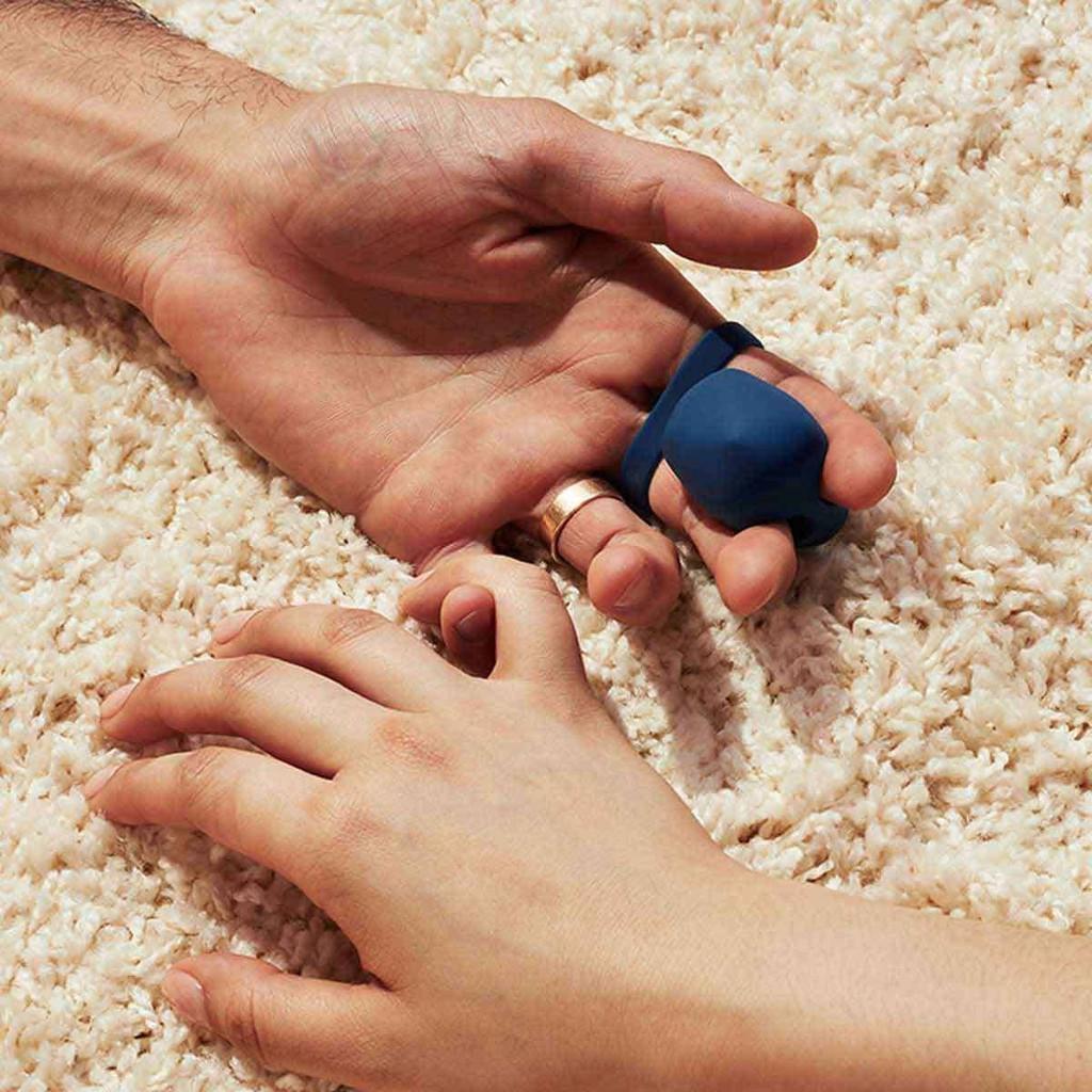 Fin by Dame Finger Vibrator