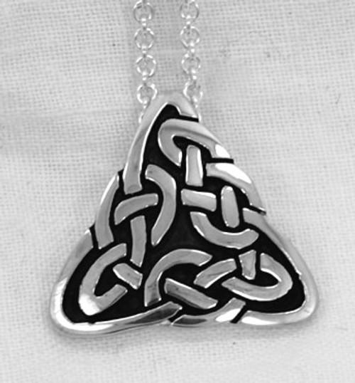 Lindisfarne Knot Pendant