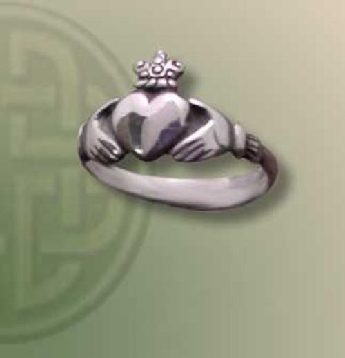 Cladda Ring