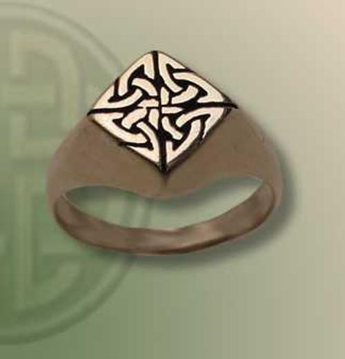 Iona Signet Ring