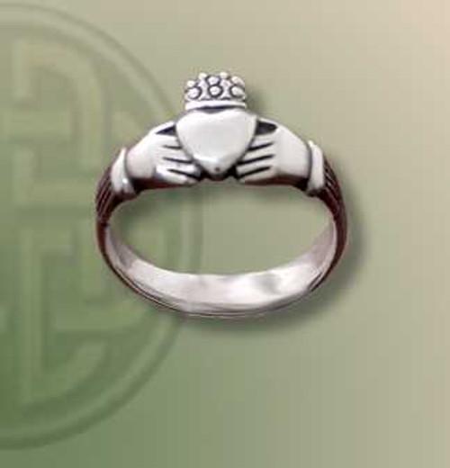 Cladda Medium Ring