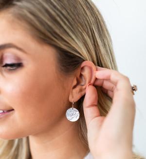 """disc earrings • 3/4"""""""
