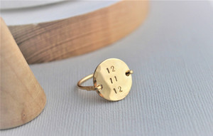 Indie - Round date Ring • gold or silver | made to order