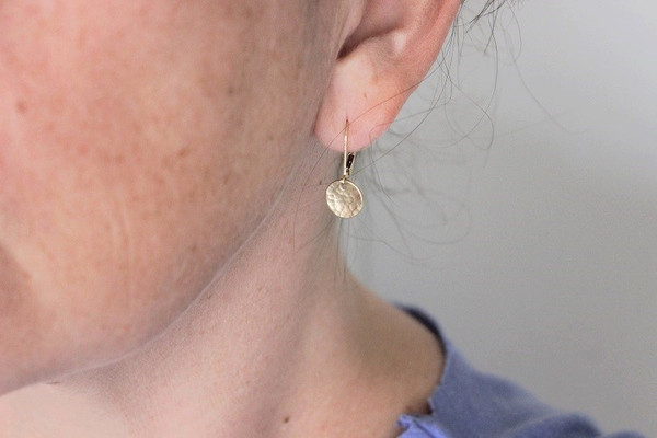 Disc + leverback Earrings • 3/8""